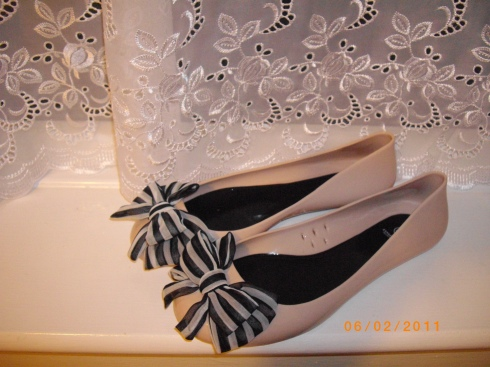 River Island bow shoes